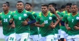দেশে ফিরেছে বাংলাদেশ ফুটবল দল
