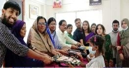 রাজবাড়ীর সুবিধাবঞ্চিত শতাধিক শিক্ষার্থী পেল শিক্ষা উপকরণ